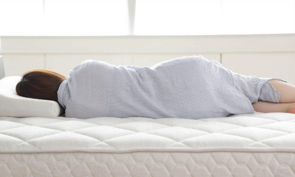 マットレスを選ぶ際に寝心地がよいかどうか確認する