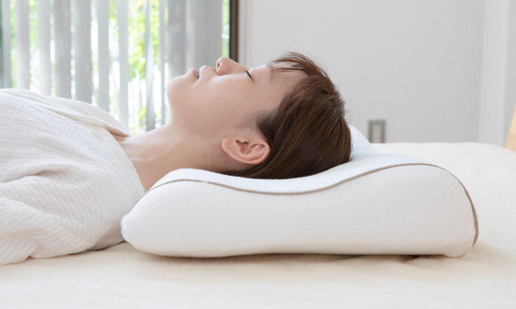 枕の硬さやフィット感などは、人によって好みが違うそのため、自分が快適だと思う硬さをみつけましょう