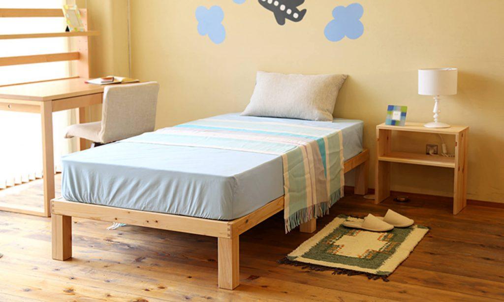 木製のベッド、特に檜や松をベッドフレームに使用している場合は丈夫で長持ちする傾向があります