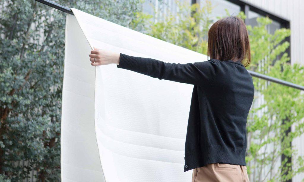 布団に入った時のかゆみ対策として、シーツやまくらカバーなどはこまめに洗濯を行い清潔に保つことも重要です。