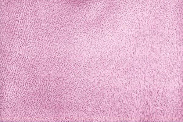 フリースは起毛仕上げの生地からできている保温性に優れるフリース素材。
